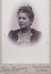 Holger Olufs søster? (Kilde: Erik Mai, EM01-102)